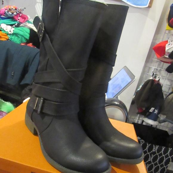 Shoes   Nwot Rocket Dog Boots   Poshmark